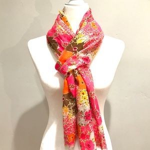 Accessories - 60's Inspired Mod Flower Scarf 🧣
